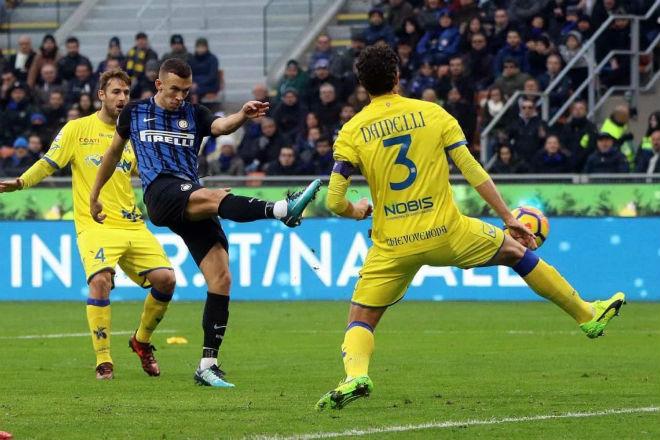Inter 2-0 Chievo: Inter củng cố vị trí trong Top 4