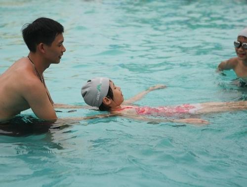 Những lưu ý cần biết để đảm bảo an toàn khi đi bơi vào mùa hè