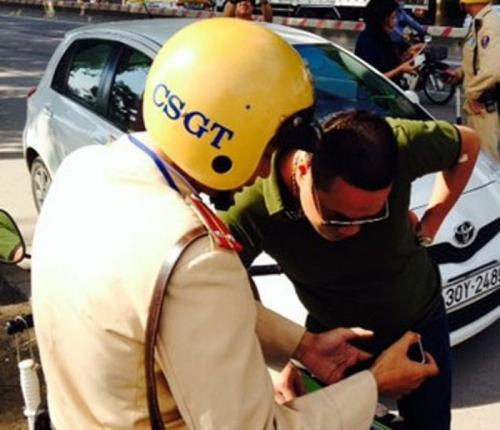 Được sử dụng bằng lái xe nước ngoài khi tham gia giao thông tại Việt Nam?