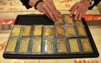 Ảnh hưởng từ thị trường quốc tế, giá vàng giảm 250.000 đồng/lượng
