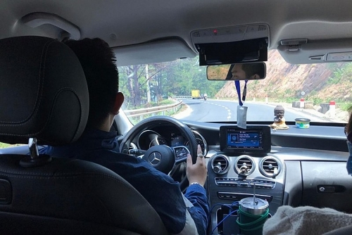 Lái xe dưới cái nóng 37 độ tiềm ẩn nguy hiểm gì?