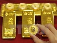 Giá vàng hôm nay 9/5: Vàng hạ nhiệt, người mua tiếp tục lỗ nặng