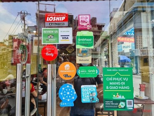 Chạy đua ví điện tử: Khuyến mãi thôi chưa đủ