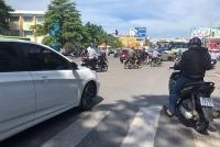 Kinh nghiệm bảo vệ bản thân khi chạy xe máy dưới trời nắng nóng