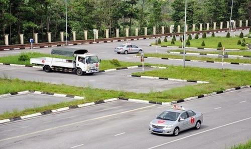 Nhiều tồn tại trong vận tải đường bộ, cấp bằng lái xe gây mất an toàn giao thông