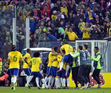Copa America 2015 trước vòng tứ kết: Họ đã chơi thế nào?