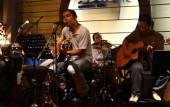 Lại gây tranh cãi việc thu tiền tác quyền âm nhạc đối với quán cà phê
