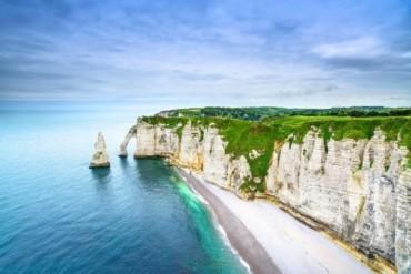 Ngẩn ngơ với những bãi biển thơ mộng, đẹp nhất châu Âu