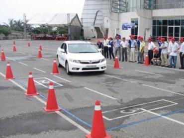 Nâng hạng giấy phép lái xe có phải theo thứ tự?