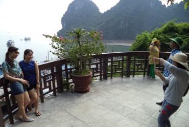 Du lịch Việt hãy khoan đặt những mục tiêu cao xa