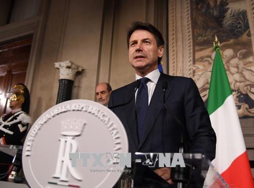 Ông G.Conte tuyên thệ nhậm chức, kết thúc khủng hoảng chính trị Italy
