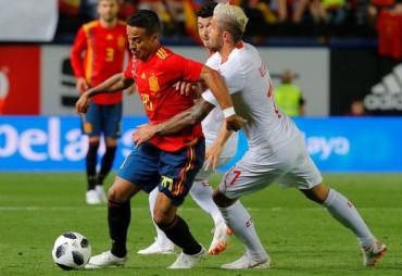 De Gea mắc lỗi Tây Ban Nha bị cầm hòa trên sân nhà
