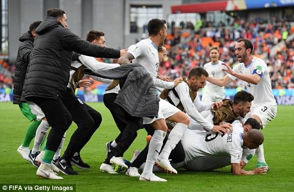 Ai Cập 0-1 Uruguay: Gục ngã phút 89