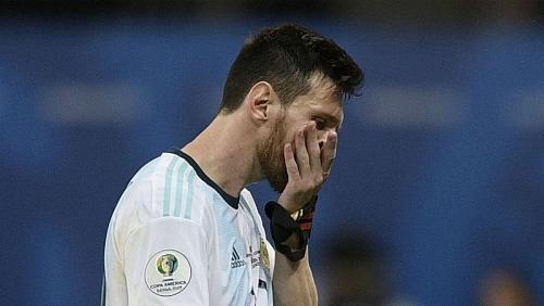 Messi mờ nhạt, Argentina nhận thất bại trong ngày ra quân Copa America 2019
