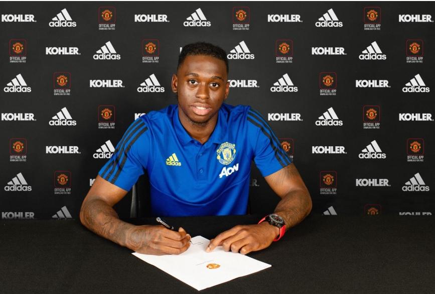 Wan-Bissaka chính thức gia nhập Man United