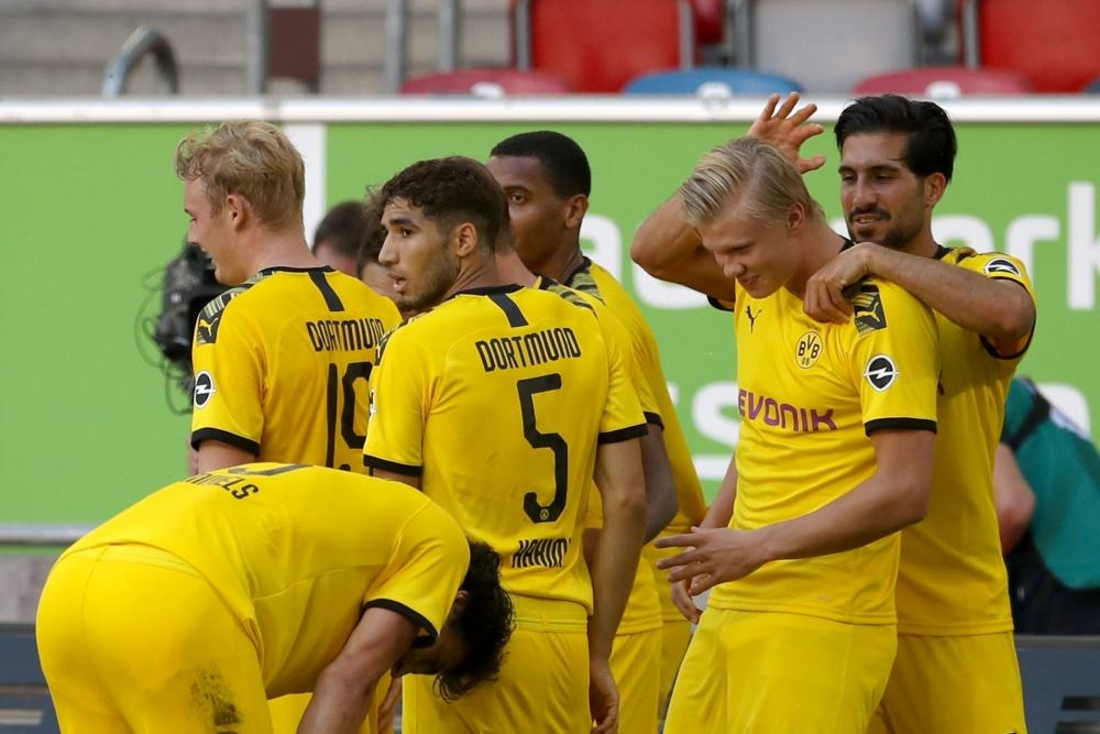 Vòng 31 Bundesliga: Borussia Dortmund quyết không để Bayern Munich đăng quang sớm