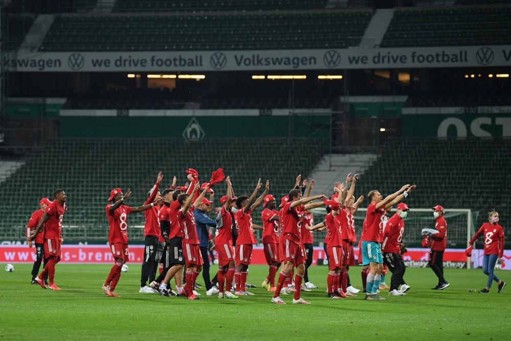 Thắng nhẹ Werder Bremen, Bayern Munich vô địch Bundesliga lần thứ 8 liên tiếp