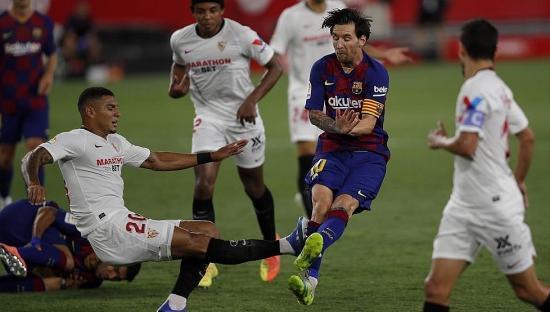 Sevilla 0-0 Barcelona: Nguy cơ mất ngôi đầu