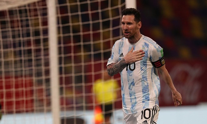Messi mở tỷ số cho Argentina