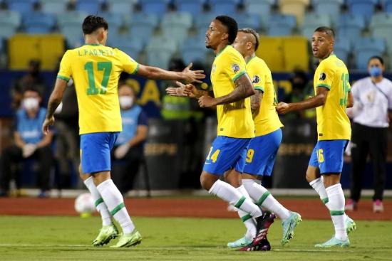 Brazil đứt mạch toàn thắng trước Ecuador