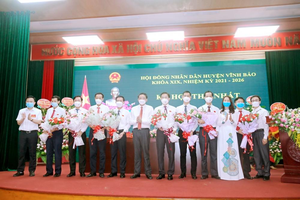 Hải Phòng: Ông Bùi Gia Huấn tiếp tục giữ chức Chủ tịch Hội đồng nhân dân huyện Vĩnh Bảo