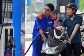 Điều chỉnh giá xăng, dầu: Tăng nhảy vọt, giảm nhỏ giọt