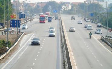 Tăng mức xử phạt trên đường cao tốc