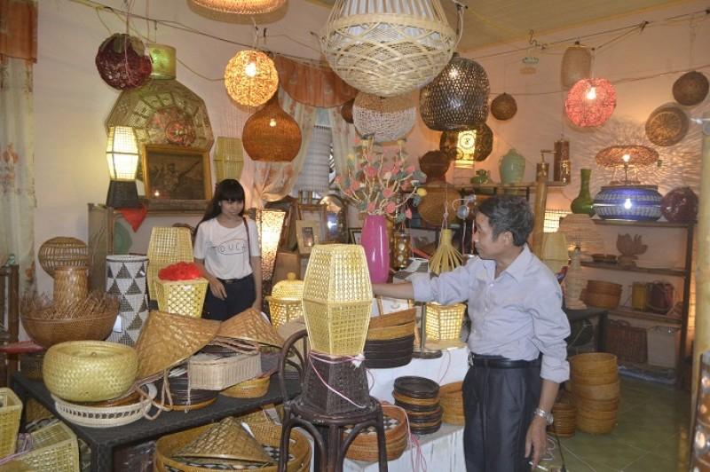 Du lịch làng nghề: Vì sao kém sức hút?