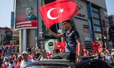 Tổng thống Erdogan kêu gọi Mỹ trục xuất nghi phạm chủ mưu đảo chính