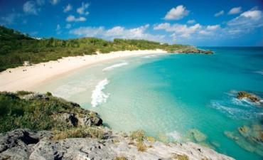 Những bãi biển sắc màu nhất thế giới