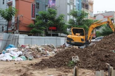 """Dẹp nạn đổ trộm phế thải xây dựng ở Mễ Trì, Hà Nội: """"Liều thuốc"""" hiệu quả"""