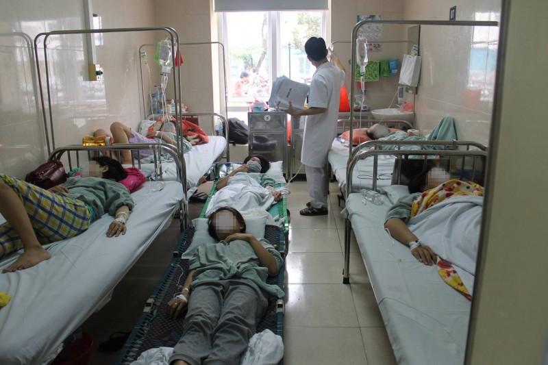 Bệnh viện E: Quá tải bệnh nhân sốt xuất huyết