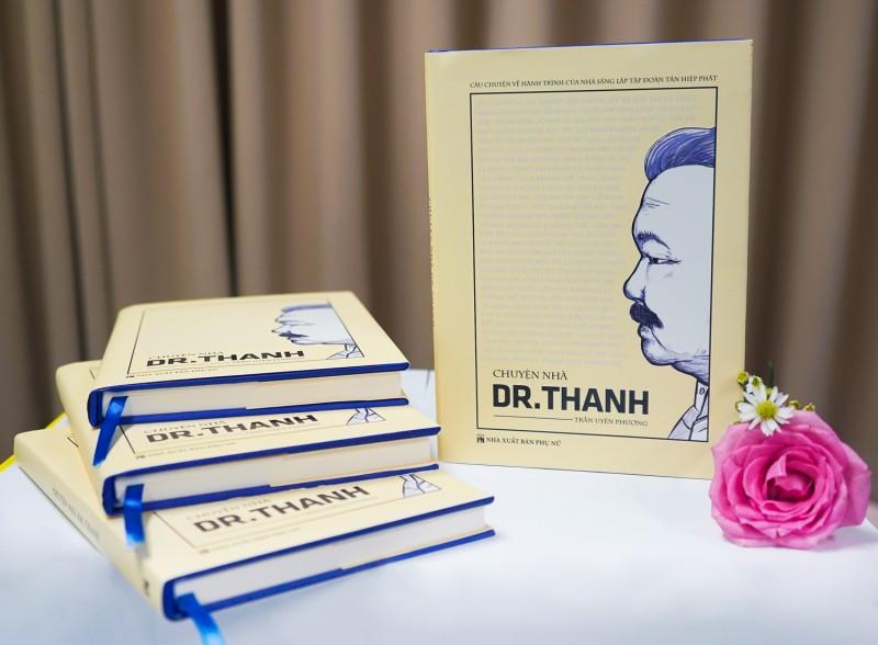 """Đọc """"Chuyện nhà Dr. Thanh"""", dư âmđọng lại chính là khát vọng vươn ra biển lớn"""