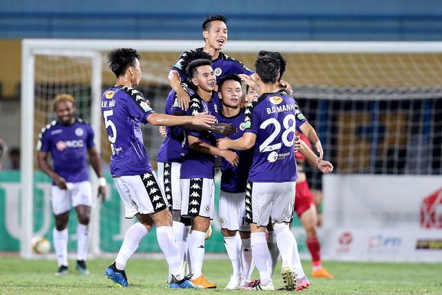 vong 18 v league 2018 ha noi fc khong co doi thu