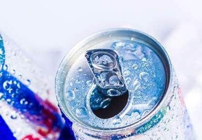 Điều gì xảy ra khi uống nước tăng lực?