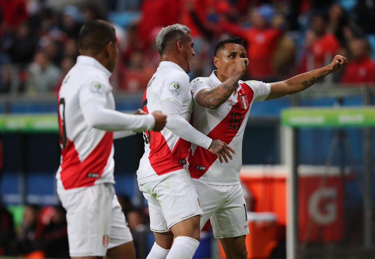 Chile 0-3 Peru: Địa chấn ở Arena do Gremio