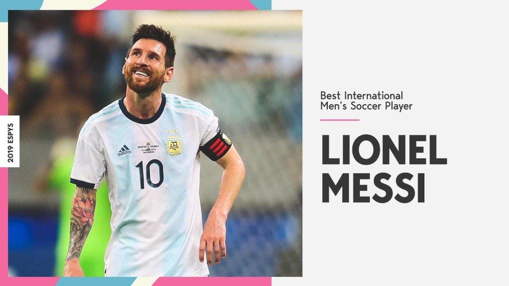 ESPN chọn Messi là cầu thủ hay nhất năm