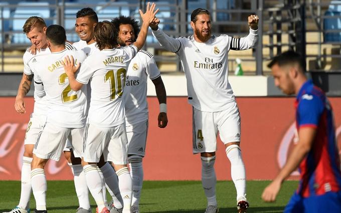 Sau vòng 34 La Liga: VAR lại giúp Real giữ vững khoảng các với đại kình địch Barcelona
