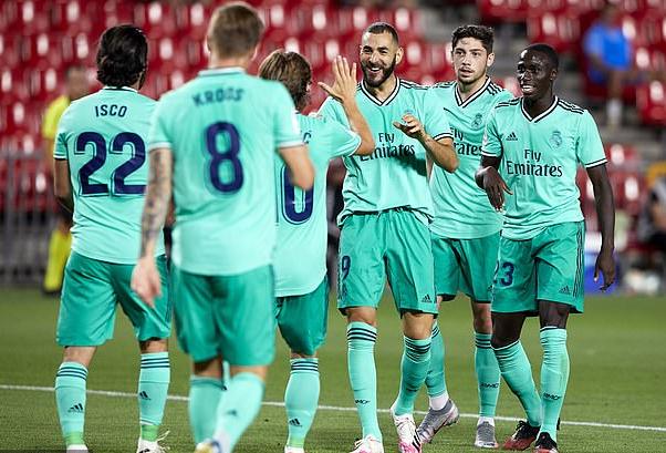 Vòng 36 La Liga: Real Madrid cách ngôi vương một bước chân