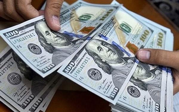 Tỷ giá USD hôm nay 16/7: Trung tâm giảm, ngân hàng thương mại ngược chiều tăng