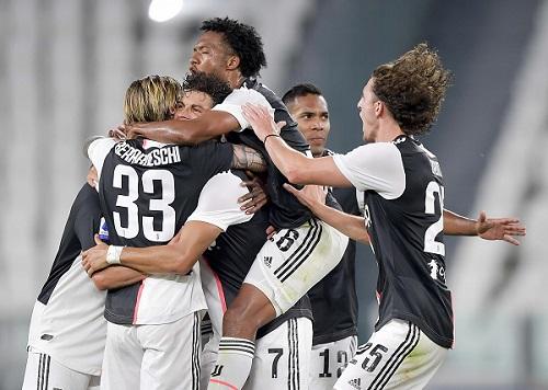 Lên ngôi sớm, Juventus lần thứ 9 liên tiếp vô địch Serie A