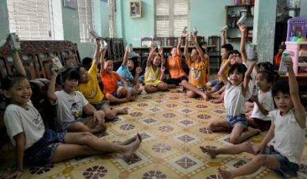 Quỹ sữa vươn cao Việt Nam và Vinamilk tiếp tục hành trình kết nối yêu thương tại TP.HCM - Ảnh 5.