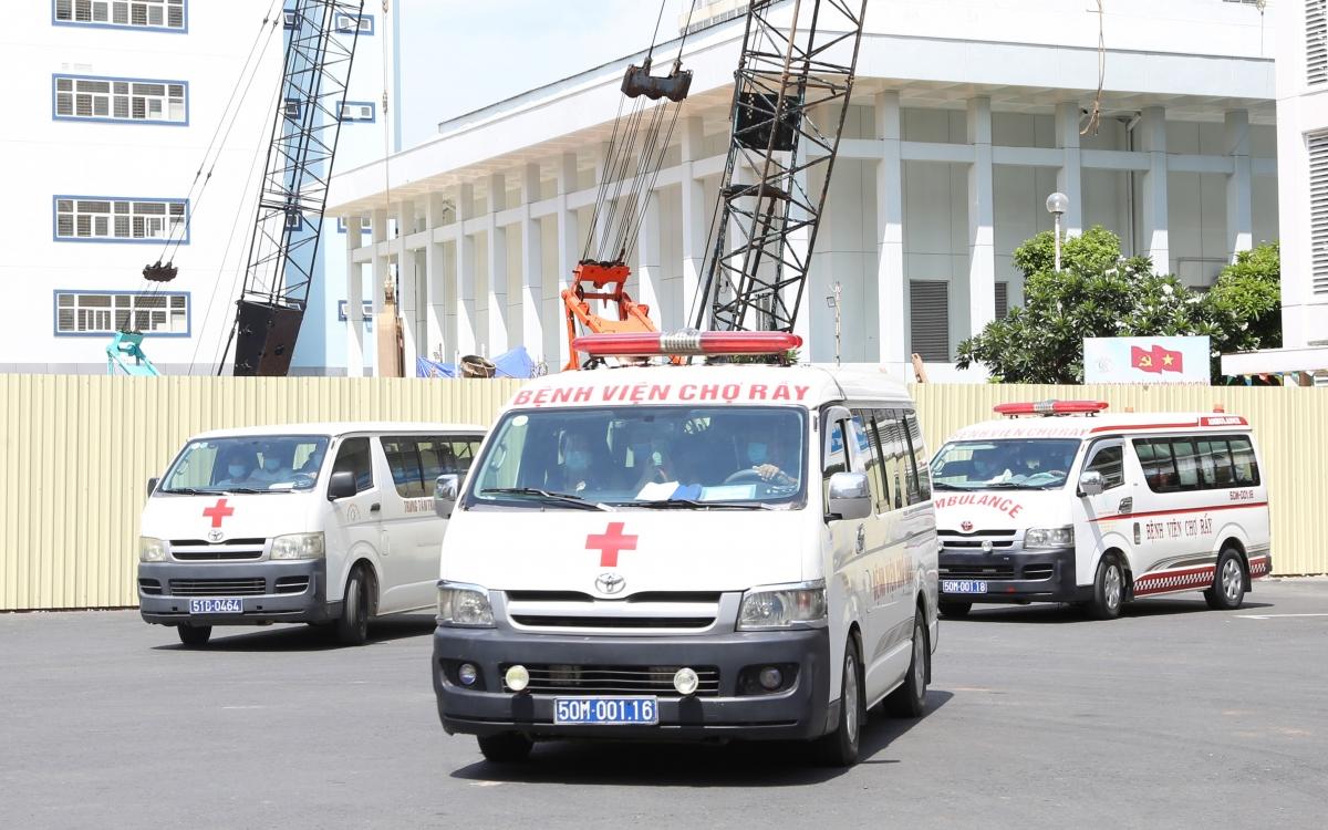 Bệnh viện Chợ Rẫy huy động 181 bác sĩ, điều dưỡng chi viện các BV điều trị Covid