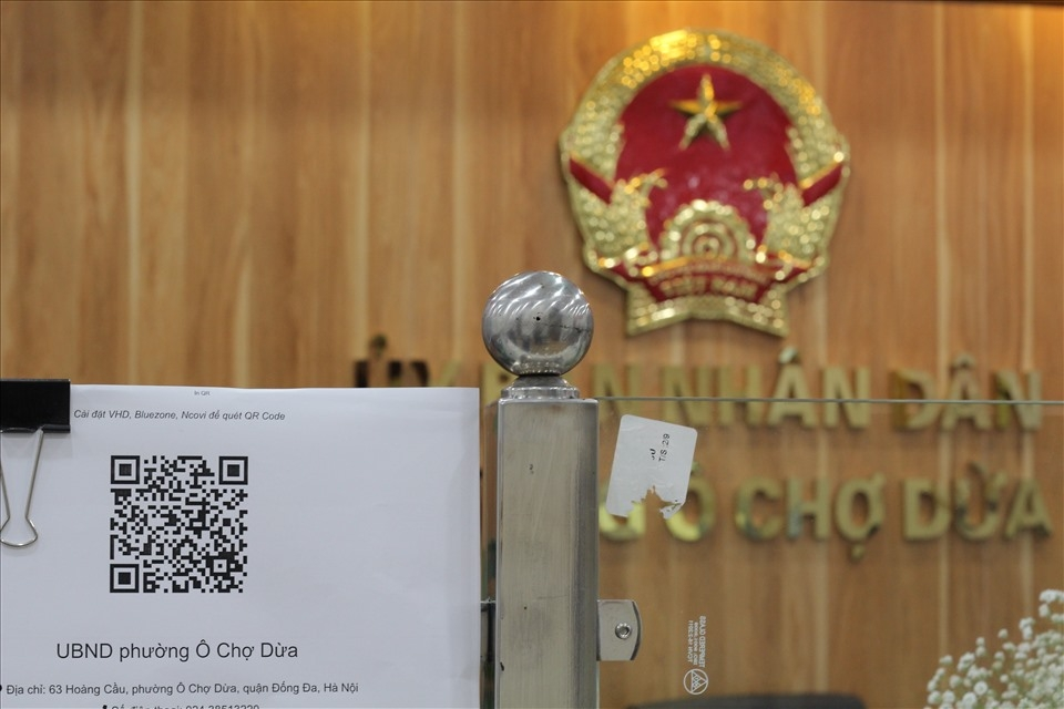Hà Nội: Đẩy mạnh việc quét mã QR để quản lý thông tin người ra vào cơ quan, đơn vị