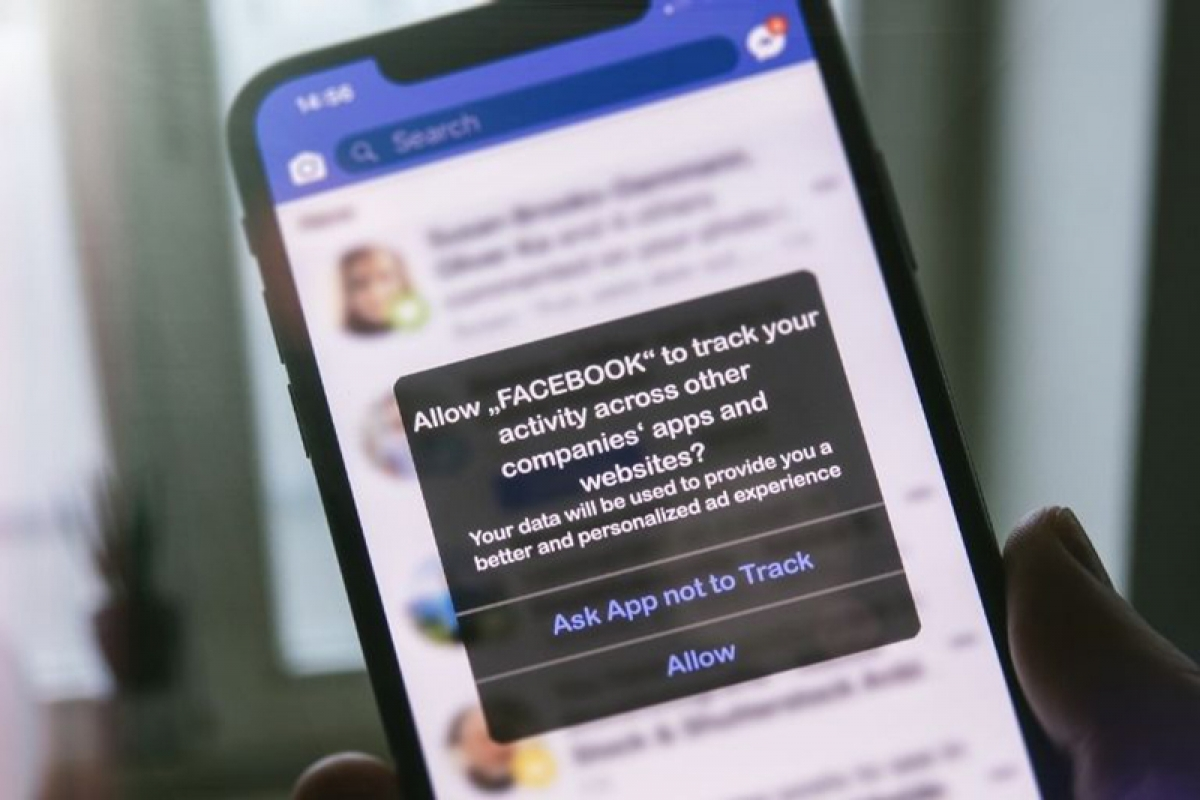 Facebook hoảng loạn vì hầu hết người dùng iPhone không cho theo dõi