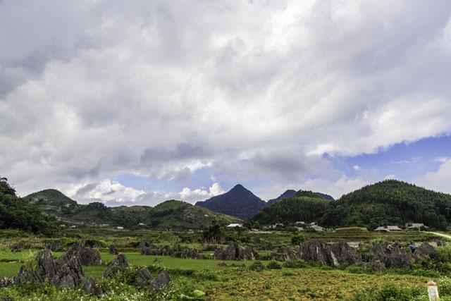 Lũng Cao hoang sơ và hùng vĩ