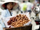Những món ăn đường phố dưới 10.000 đồng ở Hà Nội