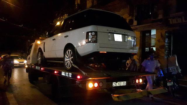 Hà Nội: Va chạm với xe Range Rover, một cháu nhỏ tử vong