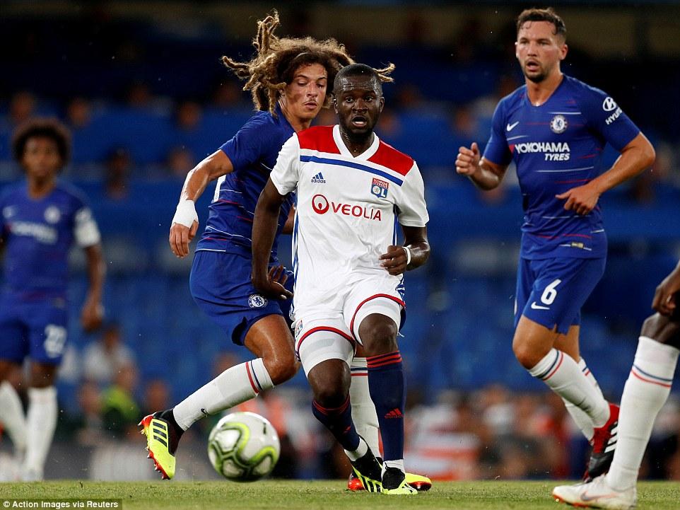 Chelsea 0-0 Lyon (pen: 5-4): Sarri còn nhiều việc phải làm
