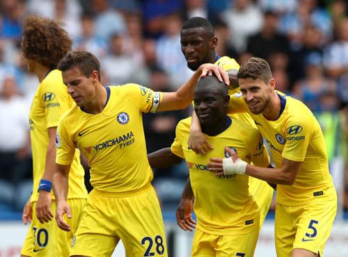 Huddersfield 0-3 Chelsea: Khởi đầu tưng bừng